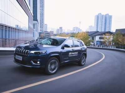 國產自由光好漢坡測試 換芯的Jeep自由光如何越級PK對手&