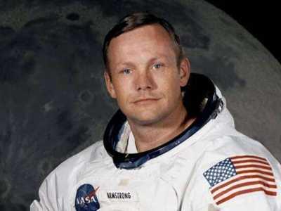 世界上第一個踏上月球的人 世界上第一個登上月球的人